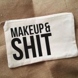 necessaires para maquiagem Santa Isabel