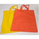 onde comprar sacolas feitas de tnt Vila Valério