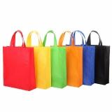 onde tem sacolas tnt personalizada no atacado Cabo Frio